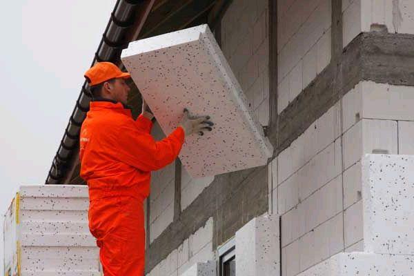 Утеплить стену дома снаружи своими руками